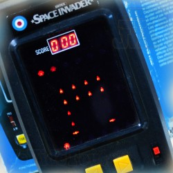 LES ENVAHISSEURS - CEJI ARBOIS 1980 - SPACE INVADER - BOXED - ENTEX - TRES RARE - Jeu Electronique Vintage 80'S